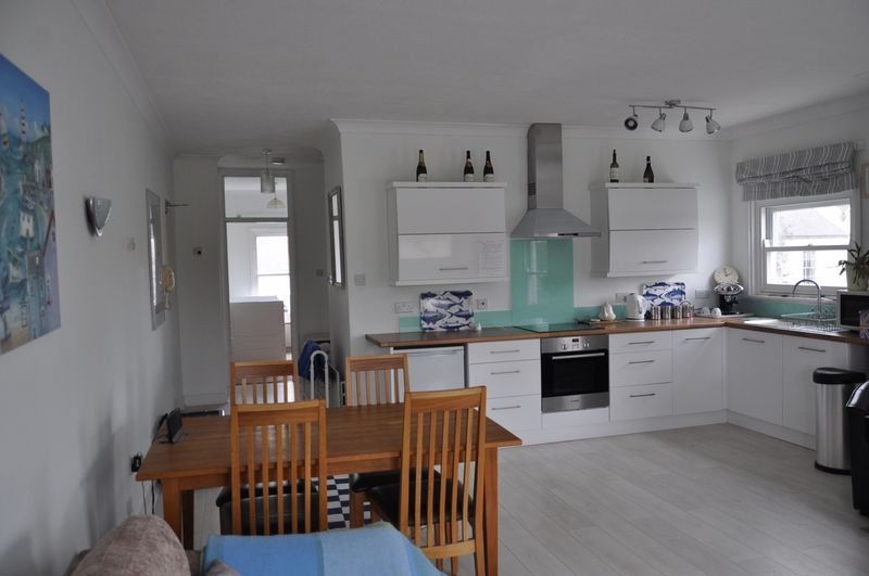 3 bed Flat to rent on Taw Court - Property Image 1