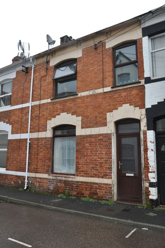 3 bed house for sale in Pulchrass Street, EX32