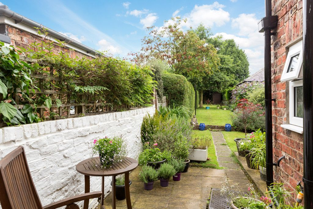 2 bed house for sale in Station Road, Haxby  - Property Image 9