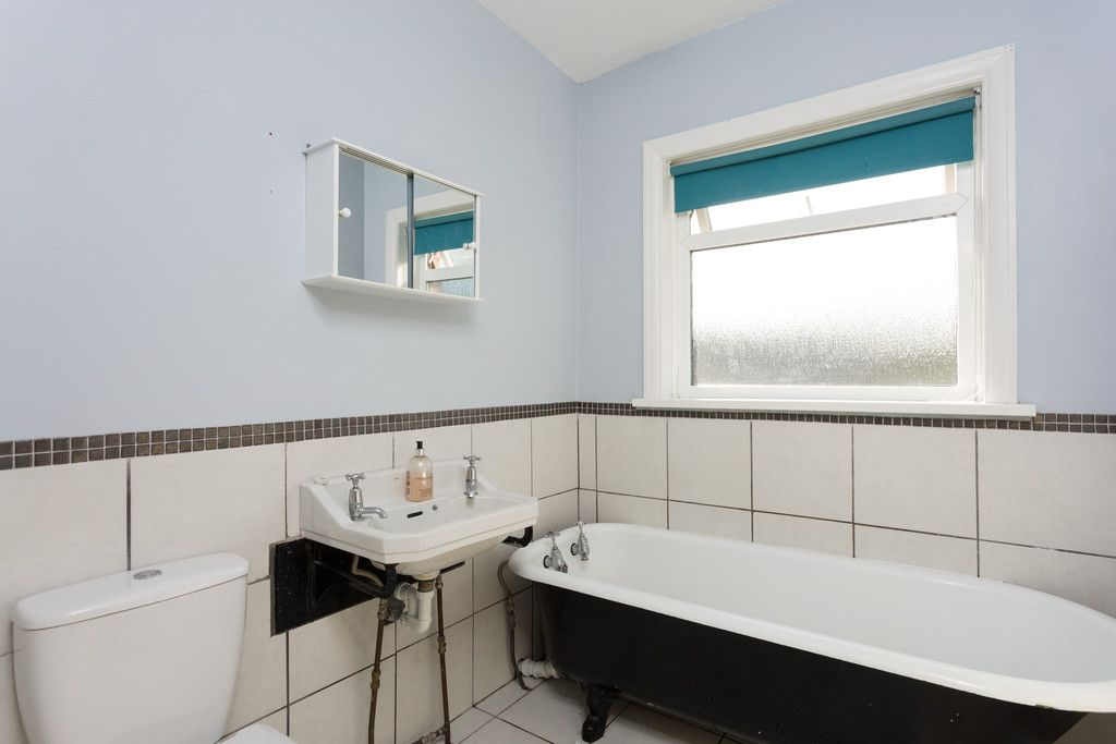 3 bed house for sale in Auster Bank Crescent, Tadcaster 10