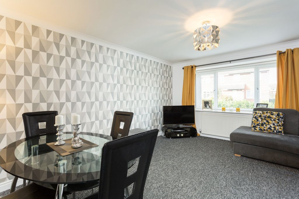 3 bed bungalow for sale in Fewston Drive, Rawcliffe  - Property Image 4