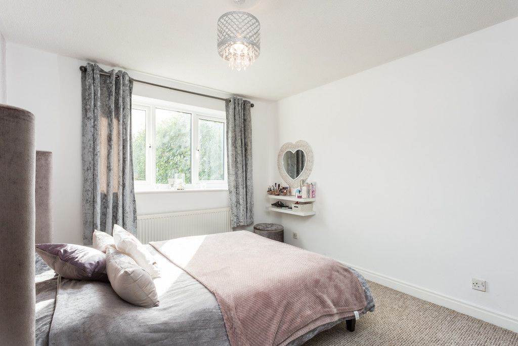 3 bed bungalow for sale in Fewston Drive, Rawcliffe  - Property Image 8