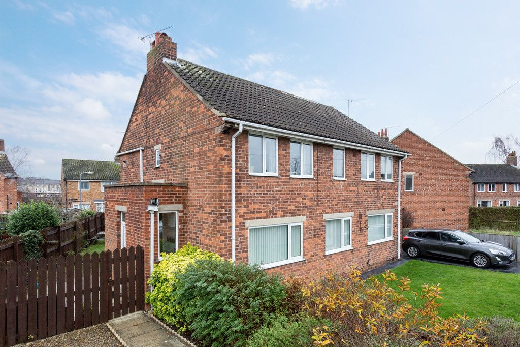 3 bed flat for sale in Queens Gardens, Tadcaster  - Property Image 3