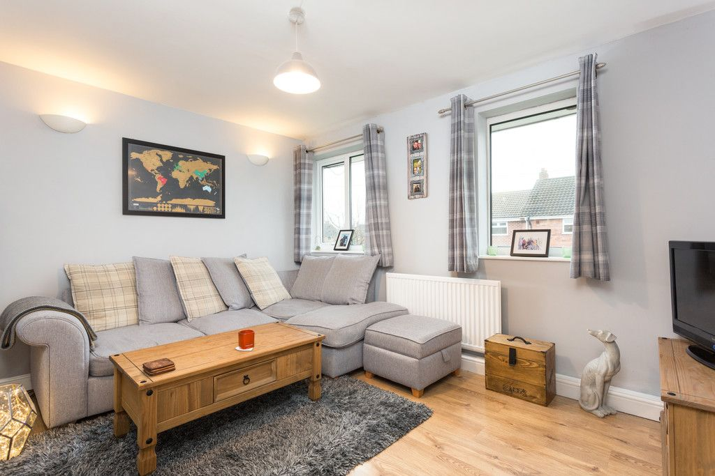 3 bed flat for sale in Queens Gardens, Tadcaster  - Property Image 4