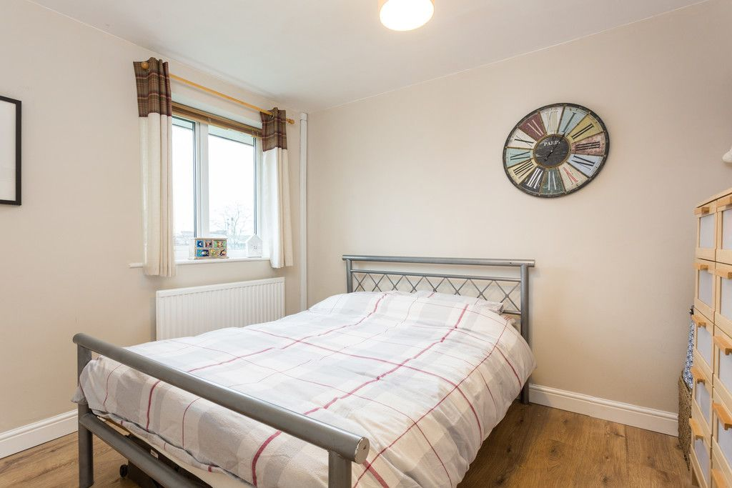 3 bed flat for sale in Queens Gardens, Tadcaster  - Property Image 7