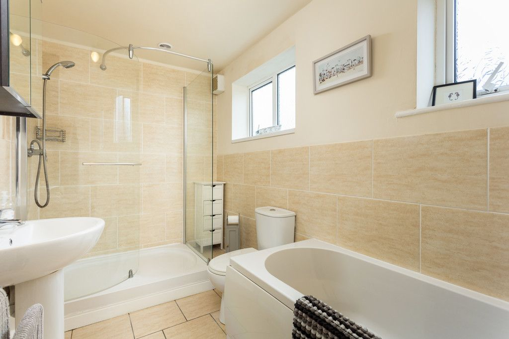 3 bed flat for sale in Queens Gardens, Tadcaster 8