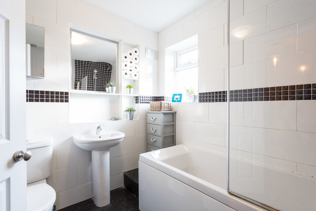 4 bed house for sale in Westfield Place, York 7