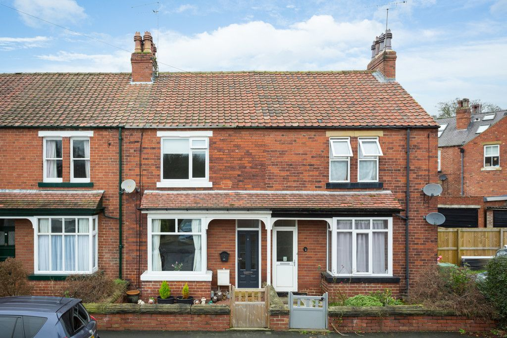2 bed house for sale in Stutton Road, Tadcaster, LS24