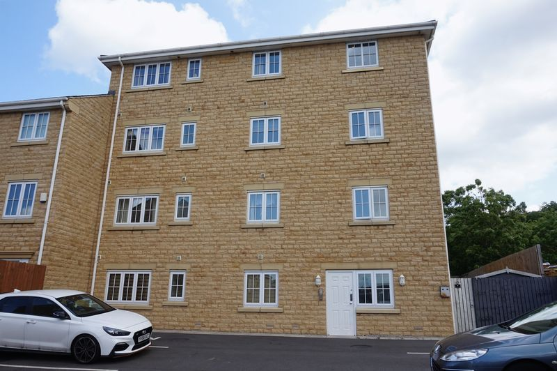 2 bed Flat to rent on Brunswick Place