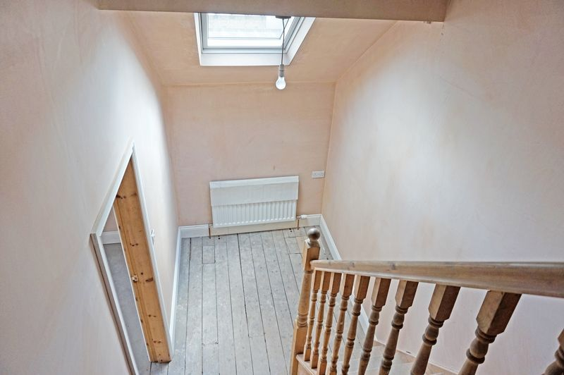 3 bed house for sale in Ovenden Road  - Property Image 7