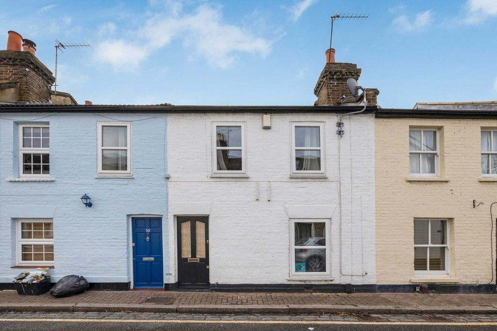 2 bed house to rent in Plymouth Road, Bromley, BR1