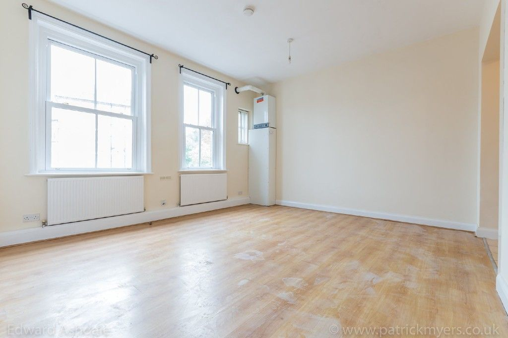 Flat to rent in Norwood Road, Tulse Hill  - Property Image 4