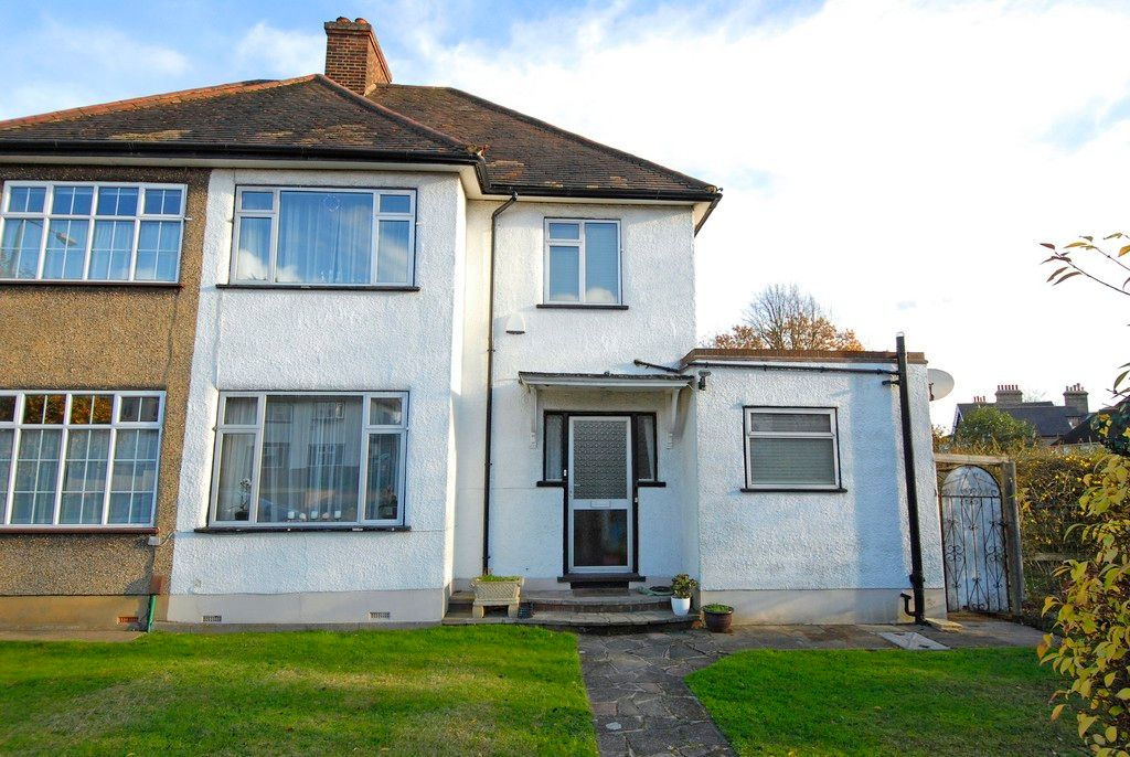 3 bed house to rent in Scotts Lane, Bromley, BR2