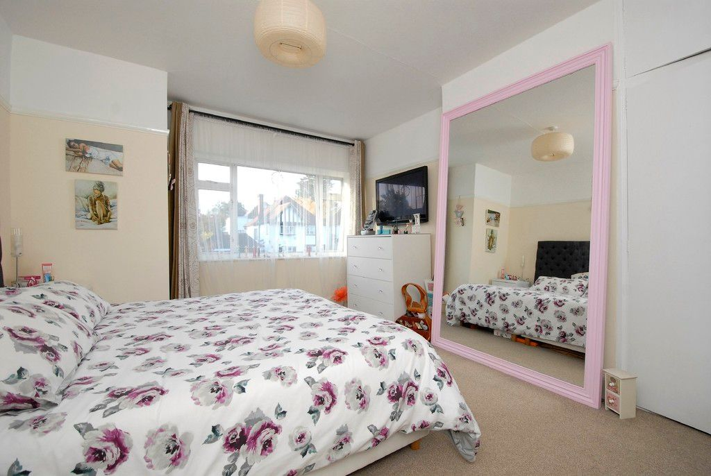 3 bed house to rent in Scotts Lane, Bromley 4