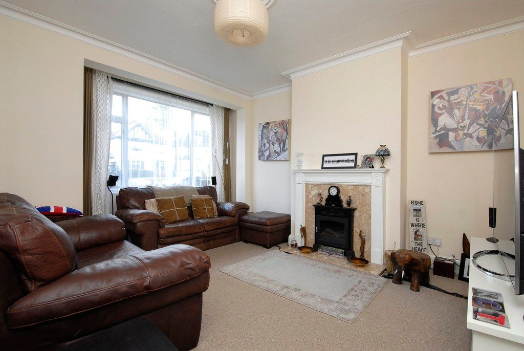3 bed house to rent in Scotts Lane, Bromley  - Property Image 5