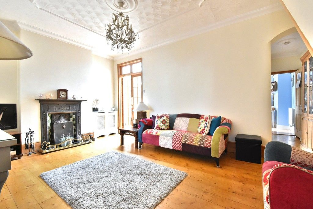 2 bed flat for sale in Saxon Road, Bromley 3