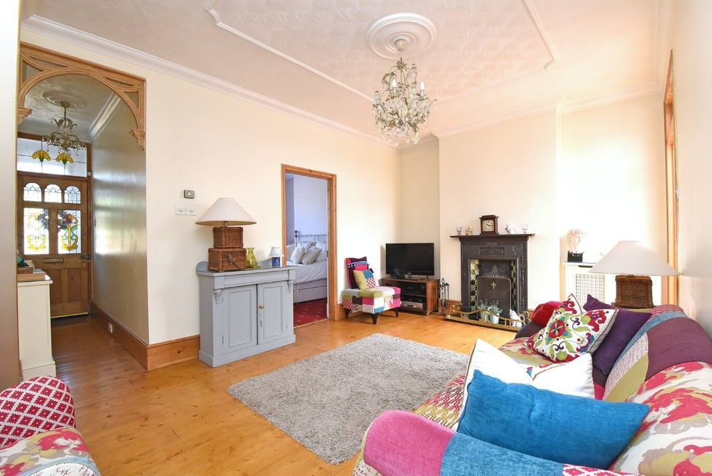 2 bed flat for sale in Saxon Road, Bromley  - Property Image 4
