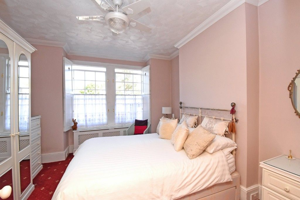 2 bed flat for sale in Saxon Road, Bromley  - Property Image 5