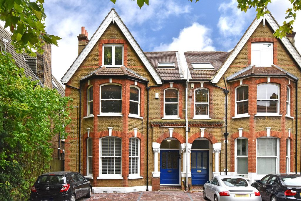 2 bed flat for sale in Hammelton Road, Bromley 2