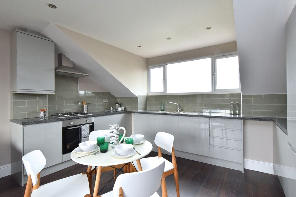 2 bed flat for sale in Hammelton Road, Bromley 4