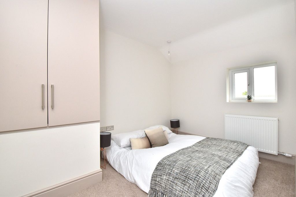 2 bed Flat for sale on Hammelton Road, Bromley - Property Image 7