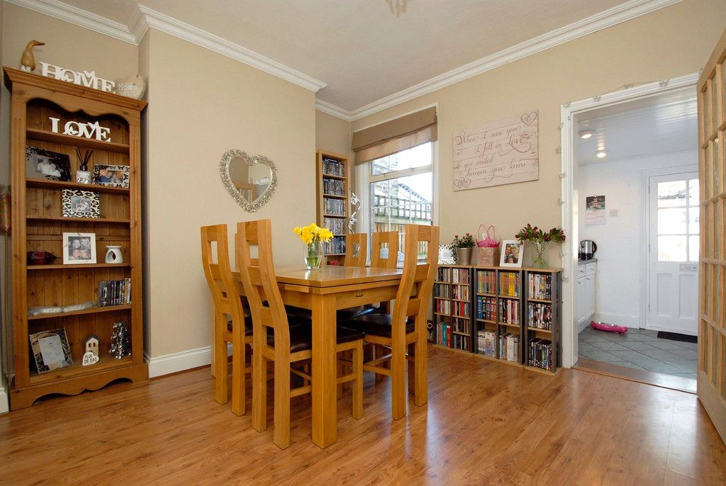 2 bed House for sale on Morgan Road, Bromley - Property Image 3