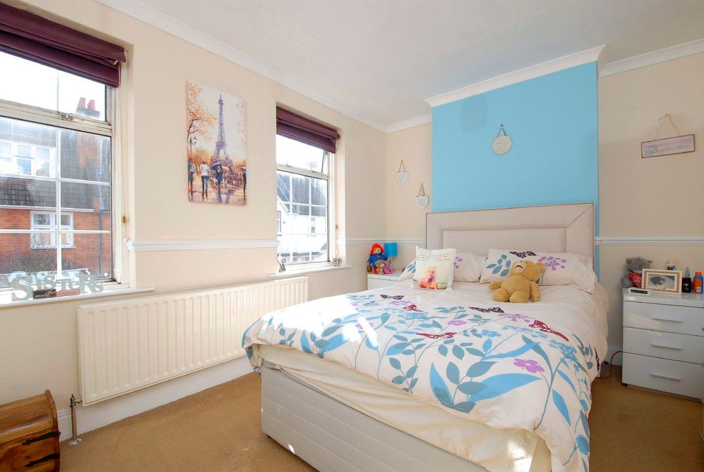 2 bed house for sale in Morgan Road, Bromley 6