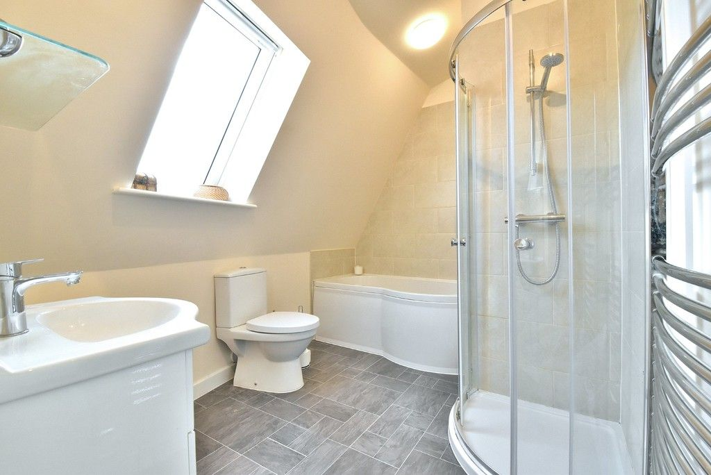 2 bed flat for sale in High Street  - Property Image 11