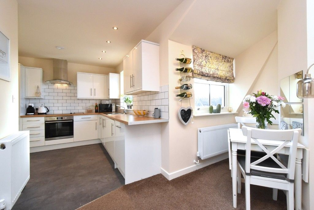 2 bed flat for sale in High Street  - Property Image 5