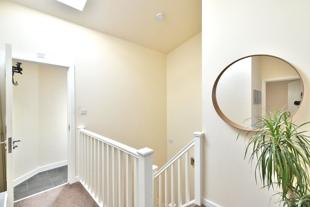2 bed flat for sale in High Street  - Property Image 8