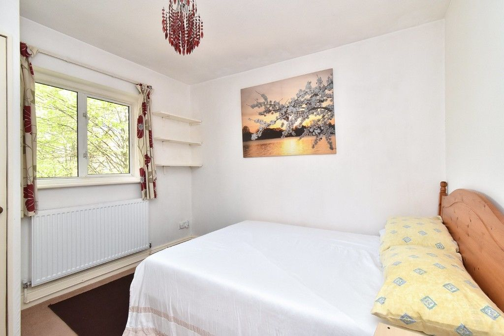 2 bed flat for sale in Turpington Lane, Bromley 6