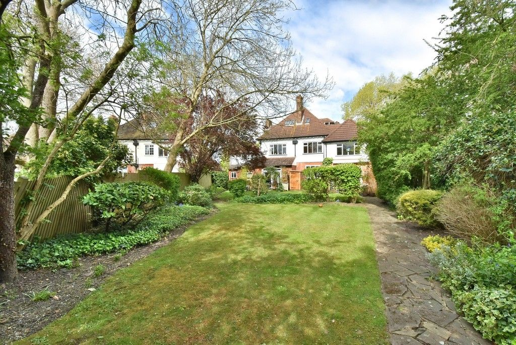 2 bed flat for sale in Turpington Lane, Bromley  - Property Image 9