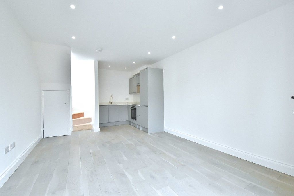 1 bed flat for sale in Page Heath Villas  - Property Image 12
