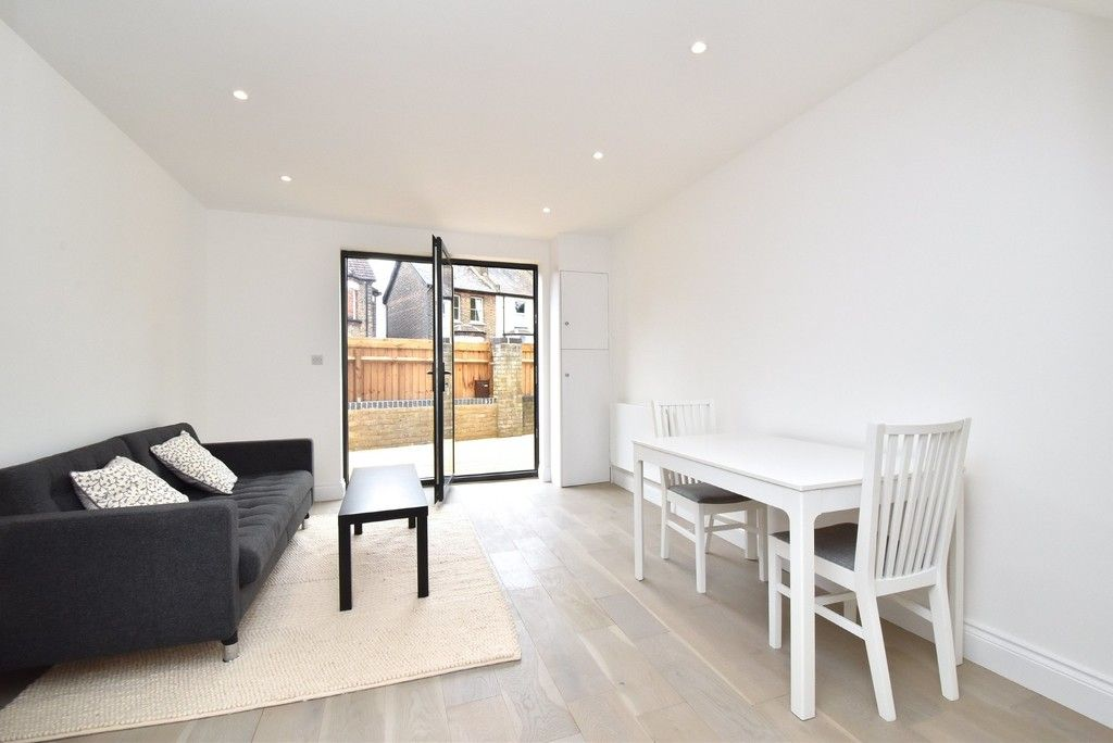 1 bed flat for sale in Page Heath Villas  - Property Image 4
