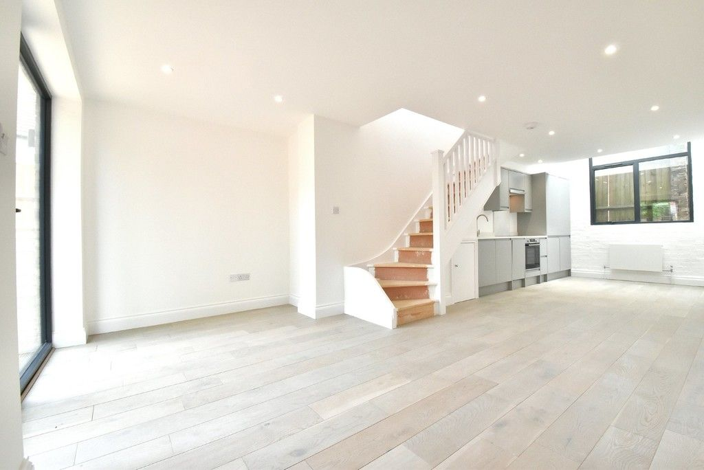 1 bed flat for sale in Restoration Apartment 7, Page Heath Villas, Bickley  - Property Image 5