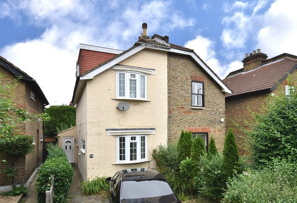 3 bed house for sale in Beckenham Lane, Bromley  - Property Image 1