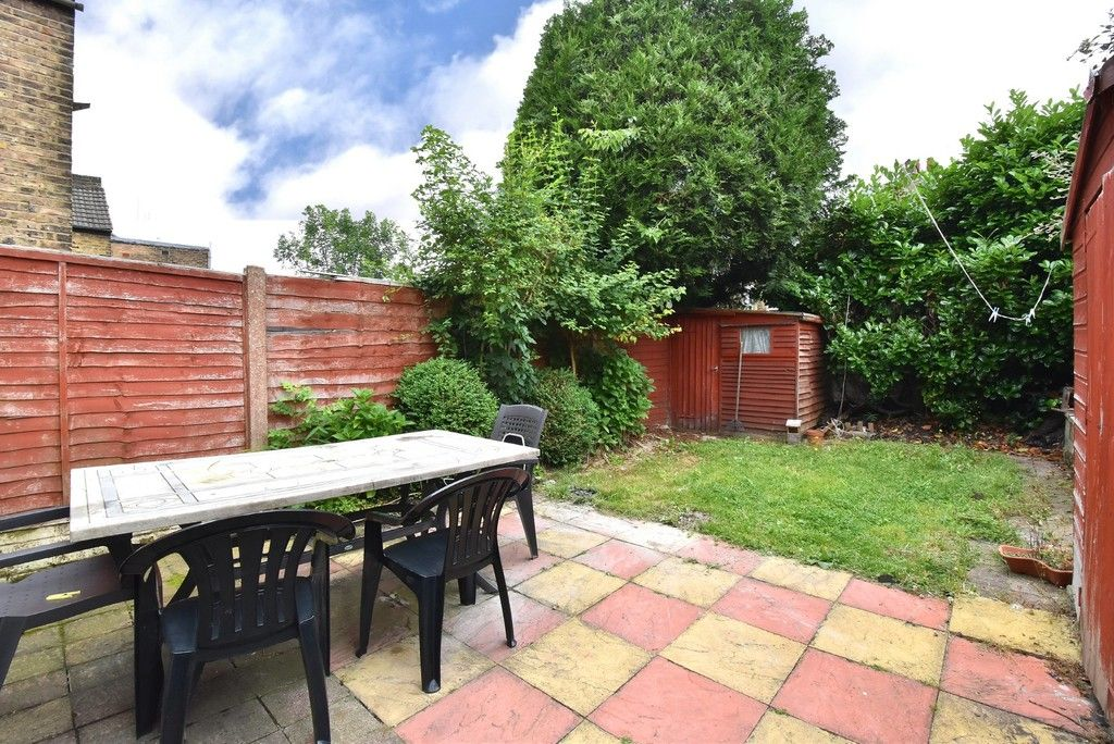 3 bed house for sale in Beckenham Lane, Bromley 14