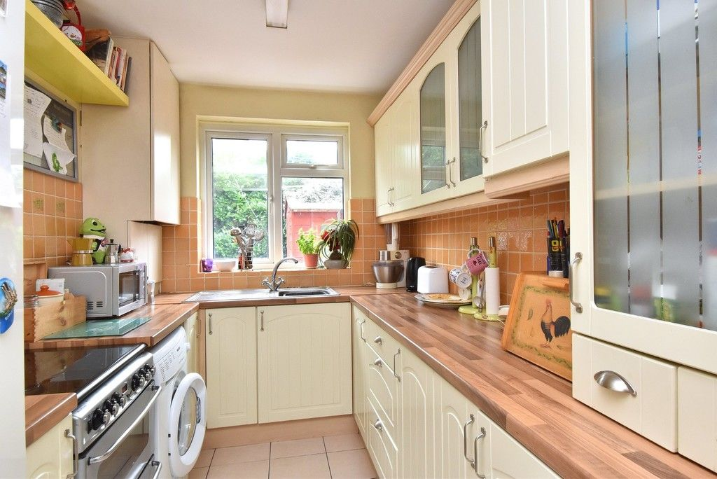 3 bed house for sale in Beckenham Lane, Bromley 4