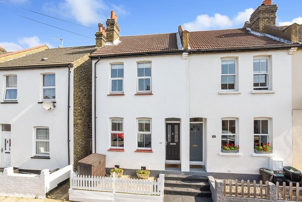 2 bed house for sale in Liddon Road, Bromley  - Property Image 1