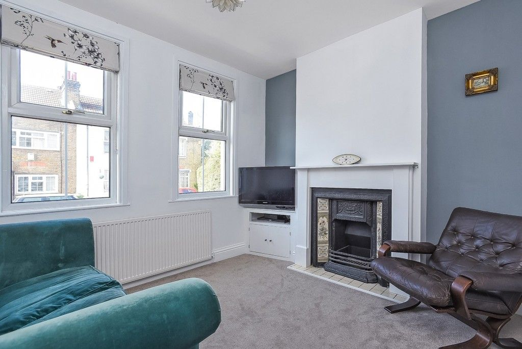 2 bed house for sale in Liddon Road, Bromley 3