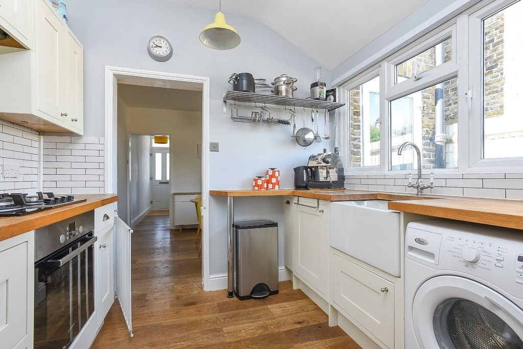 2 bed house for sale in Liddon Road, Bromley 6