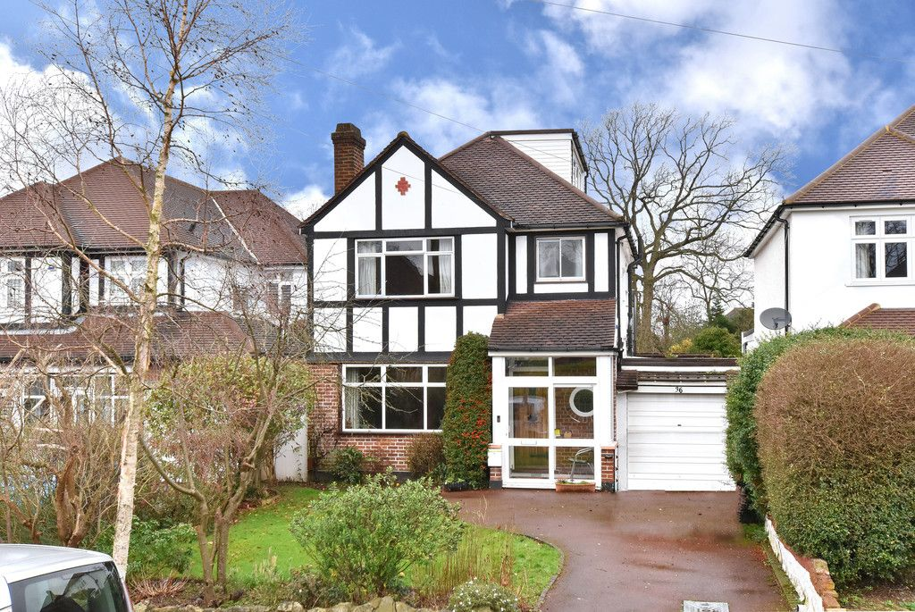 4 bed house for sale in Hayes Chase, West Wickham, BR4
