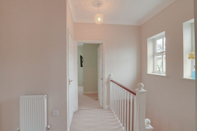 4 bed House to rent in Horton Crescent - 2nd Floor Landing (Property Image 12)