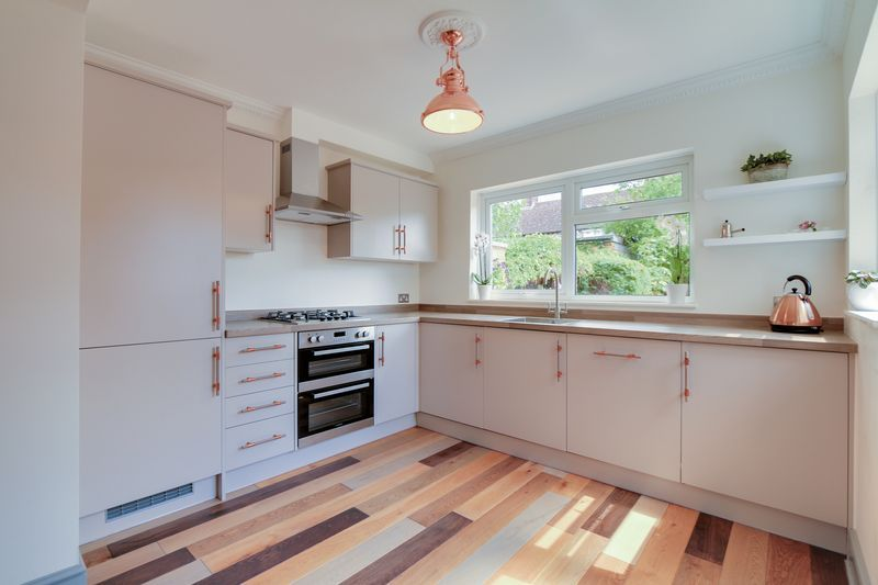 3 bed house to rent in Charter Road  - Property Image 5