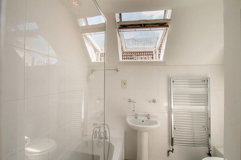 4 bed House for sale in Nork Way - Family Bathroom (Property Image 11)