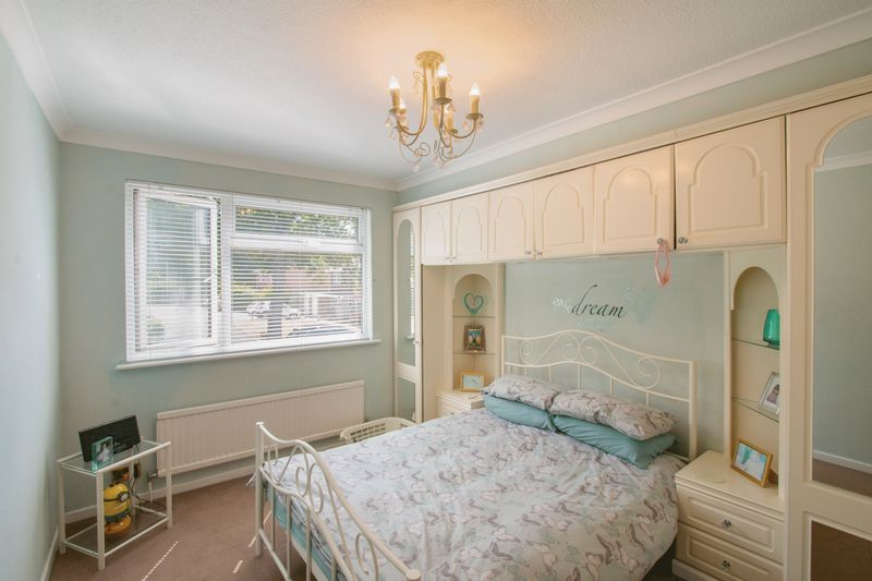 4 bed House for sale in Nork Way - Master Bedroom (Property Image 7)