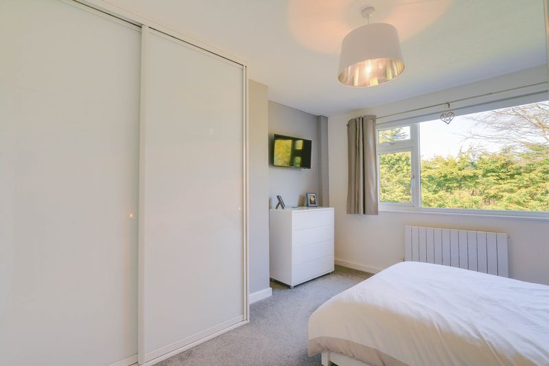 4 bed House for sale in Montrouge Crescent - Master Bedroom (Property Image 8)