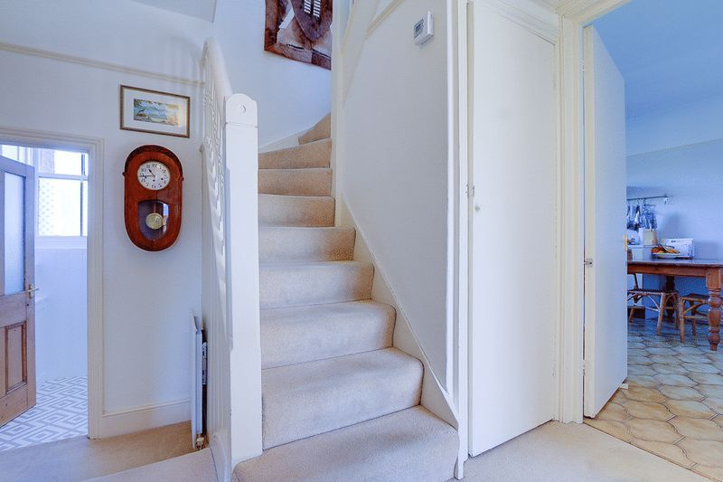 3 bed flat for sale in Nutfield Road  - Property Image 13