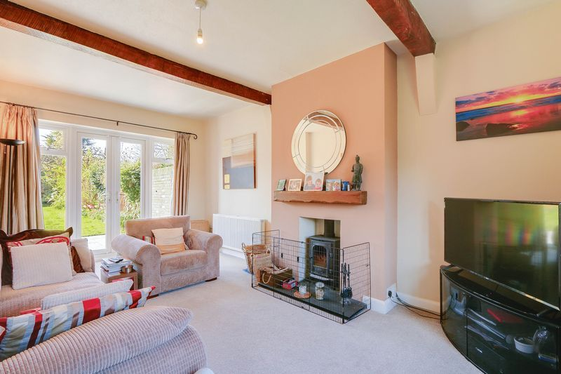 4 bed House to rent in Lower Hill Road - Reception Room (Property Image 1)
