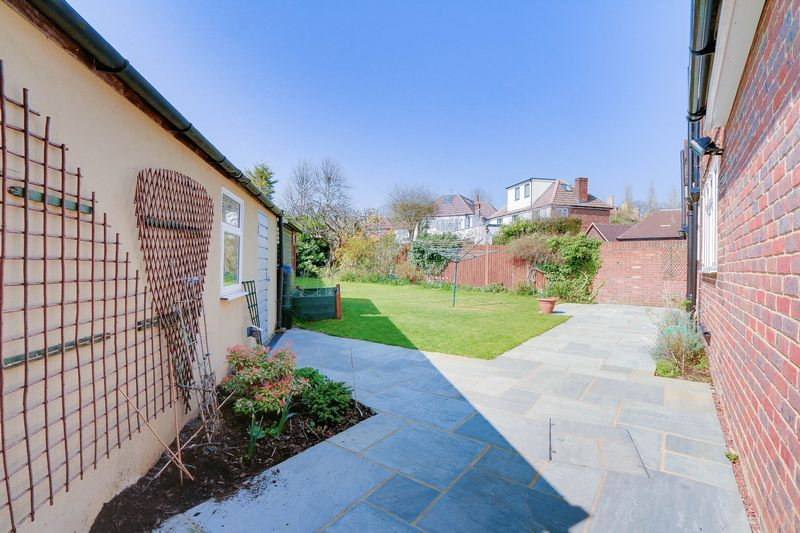 4 bed House to rent in Lower Hill Road - Rear Garden (Property Image 15)